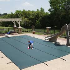 Walk In Pools 5 Best Pool Covers You Can Walk On Reviews Pool University