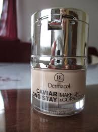 make up has a le caviar long stay and 1 package consists of make up and corrector