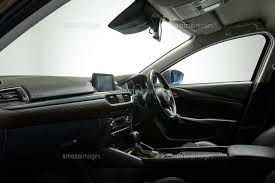 車のフロント座席