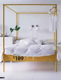 Love this canopy bed from Ikea... and I'm not even a canopy bed ...