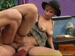 Black hairy aunt anal fuck