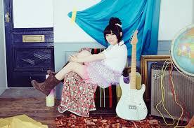 ギターと佐藤聡美