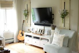 ideas decorate. Not Sure How To Decorate Around Your TV? These 4 TV Wall Decor Ideas Will Help You Transform Television From An Eyesore A Charming Focal Point. O