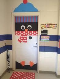 cool door decorating ideas. Preschool Door Decoration Ideas   Themes Bulletin Board / Penguin Cool Decorating I