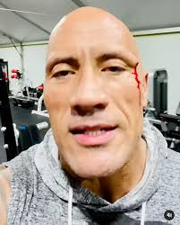 Dwayne the rock johnson's official wwe alumni profile, featuring bio, exclusive videos, photos, career highlights, classic moments and more! Dwayne Johnson Injures Himself At The Gym And Tastes His Own Blood That S Good People Com