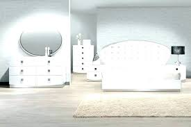 Lacquer bedroom furniture. Modern White Lacquer Bedroom Furniture ...