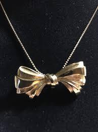 vintage pendant bow necklace avon gold