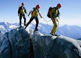 نتیجه تصویری برای کوهنوردی