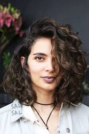 Hairstyles For Frizzy Hair 17 Awesome 24 Curly Bob Hairstyles That Rock In 24