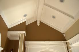 ... Magnificent Image Of Home Interior Decoration Using Vaulted Ceiling  Molding : Handsome Picture Of Home Interior ...