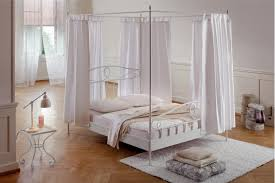 Plantation Cove Bedroom Furniture Bedroom Plantation Cove White Canopy Queen Bed Value City