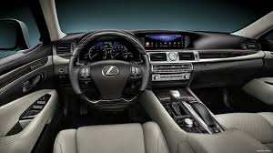 LS 460 - Lexus