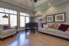 Living Room Furniture Springfield Mo 1521 East Wood Oaks Springfield Mo 65804