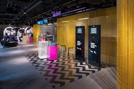 KriskaDECOR, which is to exhibit at Retail Design Expo 2016 makes original  metal curtains and interior partitions, offering a variety of  architectural, ...