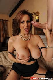 Hairy Mature Brunette MILF Julia Ann with Fake Tits from.
