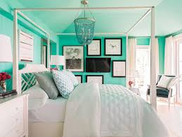 Nicely Decorated Bedrooms Hgtv White Bedroom Designs Bedroom Designs White Bedroom Design