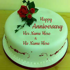 Beautiful Rose On Wedding Anniversary Cake With Name