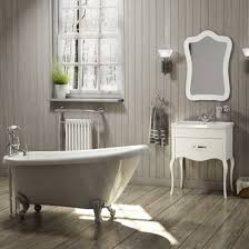 freestanding traditional single ended slipper bath with ball and claw feet 1685mm belgravia by voda