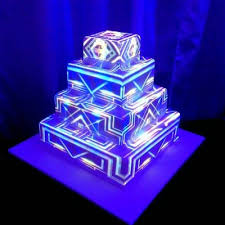 wedding cakes with lights. Plain Wedding Thatu0027s Not A Wedding Cake THIS Is Cake  Articles Easy  Weddings Throughout Wedding Cakes With Lights O