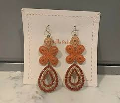stella and dot capri chandelier c and gold earrings stunning