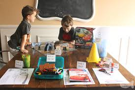 kids will love this educational cars themed activity table that is easy to set up