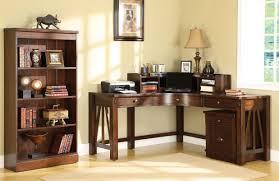 Modern Office Desks. Belkin 39 S Modern Office Interior Design ...