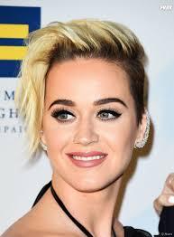 Katy Perry Change De Look Kim Kardashian Et Kylie Jenner