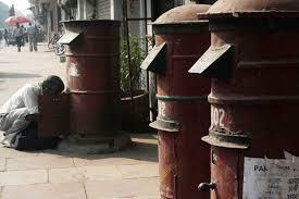 essay on postmanphoto essay – postman at work  daryaganj – the delhi walla photo essay – post