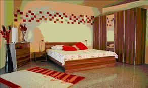 Camera da letto anni 70: restyling di un bilocale anni spazio
