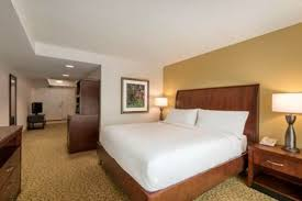 hilton garden inn orlando east ucf king bed junior suite