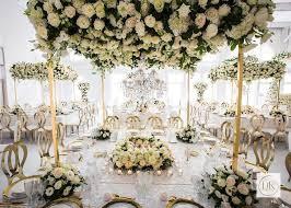 Refreshing Dessert Table Decoration Ideas For A Garden Wedding