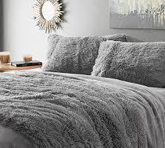 image of light grey comforter king
