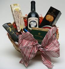 clic holiday basket