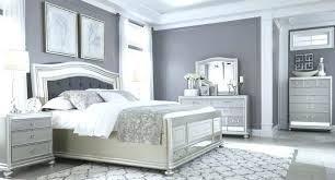 Gray White And Black Bedroom White And Black Room Theme Black And ...