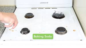 how to use baking soda for stubborn oven stains