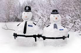22 Funny and creative snowman ideas 001