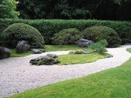 Le pietre bonsai e giardini giapponesi