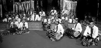 Jenis musik tradisional selanjutnya yakni musik karang dodou. 5 Jenis Musik Tradisional Yang Tak Kalah Merdunya