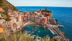 Repubblica italiana / r e ˈ p u b b l i k a i t a ˈ l j a ː n a / 12 écouter), est un pays d'europe du sud correspondant physiquement à une partie continentale, une péninsule située au centre de la mer méditerranée et une partie. Le Certificat Vert Un Precieux Sesame Pour Votre Prochain Sejour En Italie