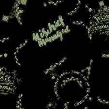 glow-in-the-dark Harry Potter wallpaper ...