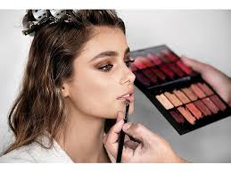 meet taylor hill the newest face of victoria s secret latest fragrance forever y