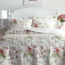 laura ashley quilt sets quilt set see more breezy fl fresh and so pretty laura ashley