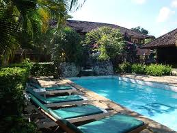 Kumala Hotel: The nice swimming pool (one of the two)