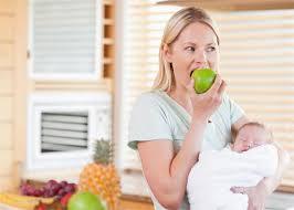 Image result for स्तनपान कराने वाली माँ को क्या खाना चाहिये?