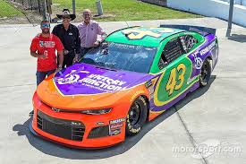 Bubba' Wallace usará carro com pintura em homenagem a Adam Petty