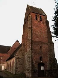 une vue de la faaade ouest. File:Laigny église Fortifiée (façade Ouest Vue De Nuit) 1.jpg Une La Faaade M