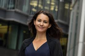 Julie Hood – EY EMEIA Strategy and Transactions Leader | EY - Global