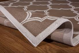 cream trellis area rug