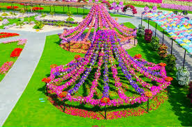 Small Picture Most Beautiful Flower Gardens In The World Home Images Lucias