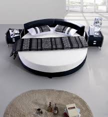 Beautiful Round Bed Ideas That Will Spruce Up Your Bedroom : Spacious White  Bedroom Design With